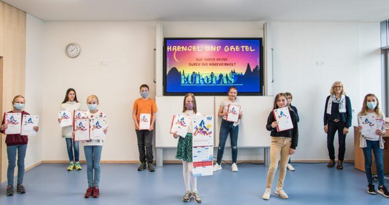 """Riesenerfolg der Winfriedschule im 67. Europäischen Wettbewerb mit dem Titel """"EUnited – Europa verbindet"""" – insgesamt 68 Preise!"""
